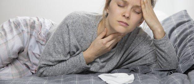 keelpijn corona symptoom